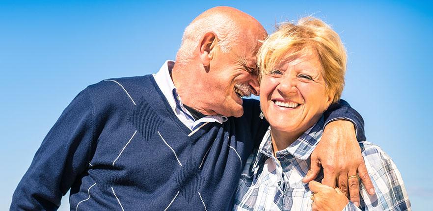 Casal Apaixonado e Feliz